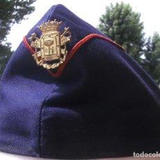 Militaria: GORRO CUARTELERO BOMBERO MADRID. GORRILLO BOMBEROS, AÑOS 60, GORRA, ISABELINO, T 57-58 APROX. Lote 86538956