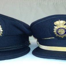 Militaria: DOS GORRAS DE POLICÍA NACIONAL.. Lote 89784607