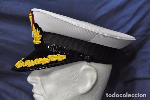 Militaria: India. Gorra de plato de almirante de la Marina India. - Foto 2 - 97287983