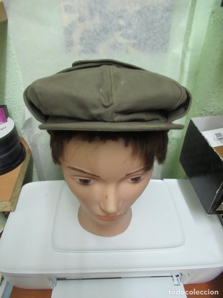 Militaria: Antigua gorra de correos. fabricada por Gorras Alcaraz. Madrid. años 60 - Foto 2 - 97964691