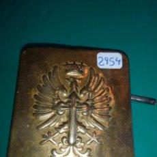 Militaria: ANTIGUA HEBILLA DEL EJERCITO ESPAÑOL. Lote 98722311