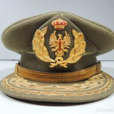 Militaria: IMPRESIONARTE GORRA MILITAR. EJÉRCITO ESPAÑOL. LAURELES Y ÁGUILA DE SAN JUAN TENIENTE GENERAL . Lote 99475979