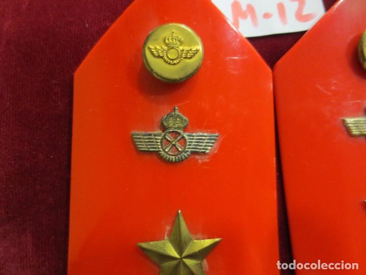 Militaria: HOMBRERAS RÍGIDAS DE SUBTENIENTE DEL EJERCITO DEL AIRE - Foto 2 - 99715635