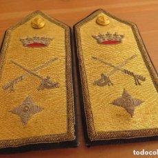 Militaria: BELLAS HOMBRERAS O PALAS. CONTRALMIRANTE DE LA ARMADA O GENERAL DE BRIGADA DE INFANTERIA DE MARINA.. Lote 99824255