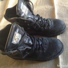 Militaria: BOTAS BESTARD SUELA VIBRAM TALLA 42. Lote 101727975