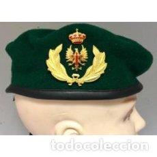 Militaria: BOINA VERDE DE LOS EMMOE PARA GENERALES E.T. TALLAS DE LA 54 A LA 60. Lote 109741139