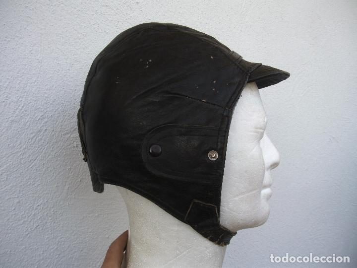 GORRO DE CUERO MARRÓN. MOTORISTA GUERRA CIVIL. TALLA 57. ORIGINAL.  CHICHONERA CARRISTA 015795091449