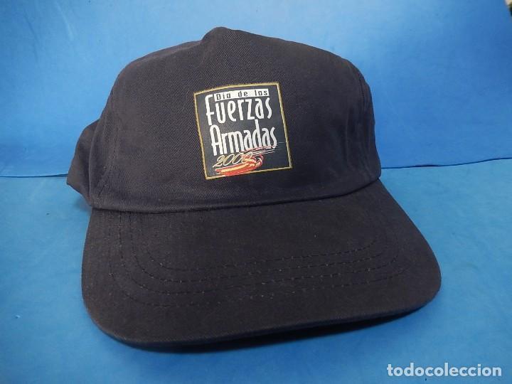 GORRA TIPO BÉISBOL. DÍA DE LAS FUERZAS ARMADAS. 2000. (Militar - Boinas y Gorras )