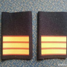 Militaria: GUARDIA REAL PAR DE MANGUITOS SARGENTO . Lote 117451875
