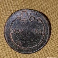 Militaria: BOTON GUERRA CARLISTA 26 NAVARRA. Lote 117483852