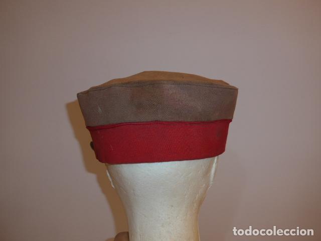 Militaria: Antigua y rara gorra española a identificar, de años 40 parece. - Foto 5 - 117739023