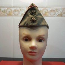 Militaria: GORRO CUARTELERO EJERCITO ESPAÑOL TIPO PLÁTANO EMPLEO TENIENTE CORONEL (AÑOS 60). Lote 117992263