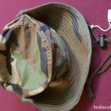 Militaria: GORRO O CHAMBERGO DE CAMUFLAJE. TALLA M. Lote 118752159