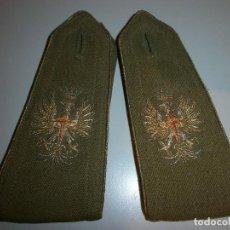 Militaria: HOMBRERAS ANTIGUAS BORDADAS CON HILO METALICO. Lote 120328663