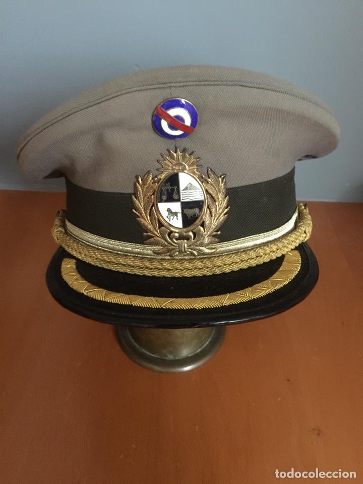 Gorra de plato del ejército de uruguay. Talla 58. Sombrerero josé sajevicas  de montevideo 6db90c6ded3
