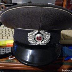 Militaria: GORRA DE PLATO POLICIA REPÚBLICA DEMOCRÁTICA ALEMANA. Lote 122624822