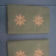 Militaria: HOMBRERAS TELA DOS ESTRELLAS 8 PUNTAS.. Lote 128496647