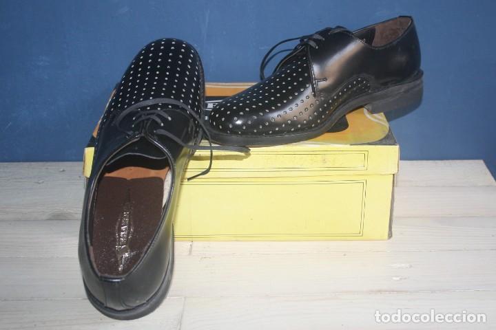 Militaria: Zapatos Vintage de Hombre - Caballero - Segarra - Sin estrenar -Talla 38 - Lote 2 Correos - Foto 4 - 131749482