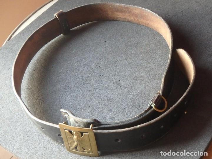 Militaria: (JX-180902)Hebilla y cinturón de cuero de la Policía Armada . - Foto 3 - 132385958
