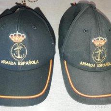 Militaria: DOS GORRAS ARMADA. Lote 133809646