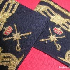 Militaria: PRECIOSAS MANGAS UNIFORME DE GALA DE GENERAL DE BRIGADA. EXCELENTE BORDADO Y RELIEVE,. Lote 183221677