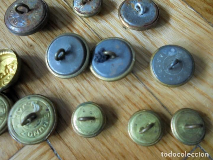 Militaria: Lote de botones militares.Armada,Aviación,Policía Nacional y Municipal - Foto 5 - 135936022