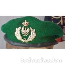 Militaria: BOINA DE LA BRILOG, INCLUYE EMBLEMA TALLAS DE LA 54 A LA 60. Lote 136167038