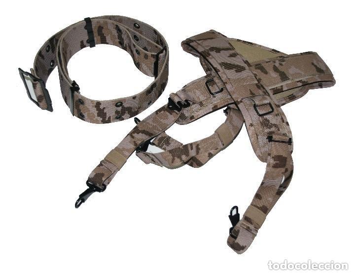 Militaria: Trinchas y cinturón de campaña en camuflaje árido pixelado. - Foto 2 - 136635498