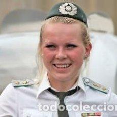 Militaria: RDA - VOPO - ALEMANIA ORIENTAL - MUJER. Lote 136681894