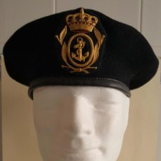 Militaria: BOINA NEGRA CON EMBLEMA DE SUBOFICIAL DE LA MARINA (ARMADA ESPAÑOLA). AÑOS 80. . Lote 137396530