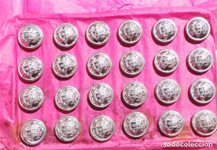 LOTE DE BOTONES SM - SANIDAD MILITAR 1,5 CM (Militar - Botones )
