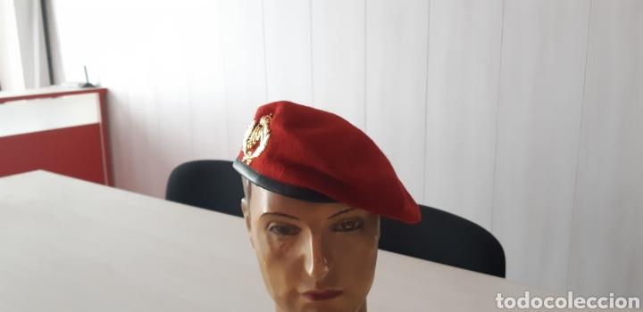 Militaria  Boina roja de oficial de la academia general militar zaragoza  AGM - Foto 2 bbc6de7f853