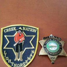 Militaria: PLACA Y EMBLEMA POLICIAL TRIBU INDIA USA. Lote 139379642