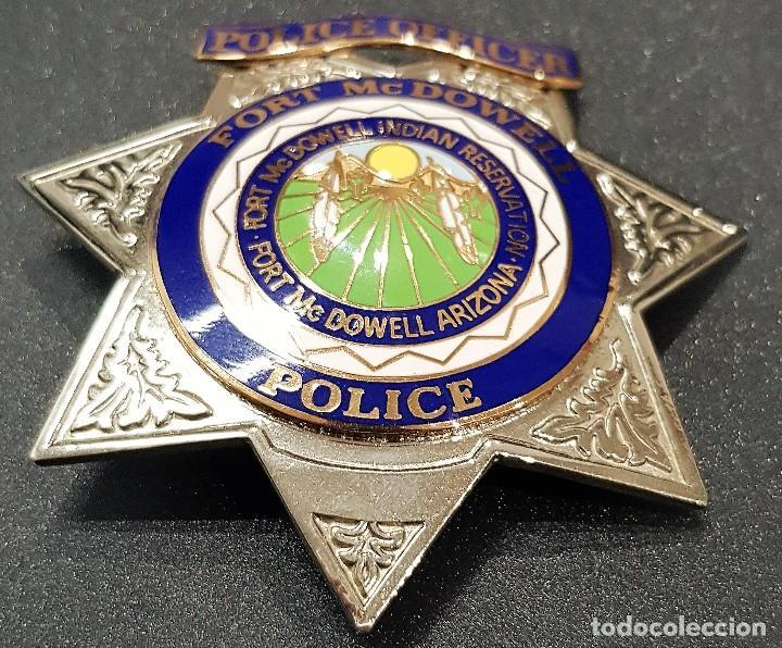 PLACA Y EMBLEMA POLICIAL TRIBU INDIA USA (Militar - Otros relacionados con uniformes )
