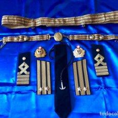 Militaria: ANTIGUO CONJUNTO DE GALA DE CAPITÁN DE NAVÍO MARINA RUSA. Lote 139689076