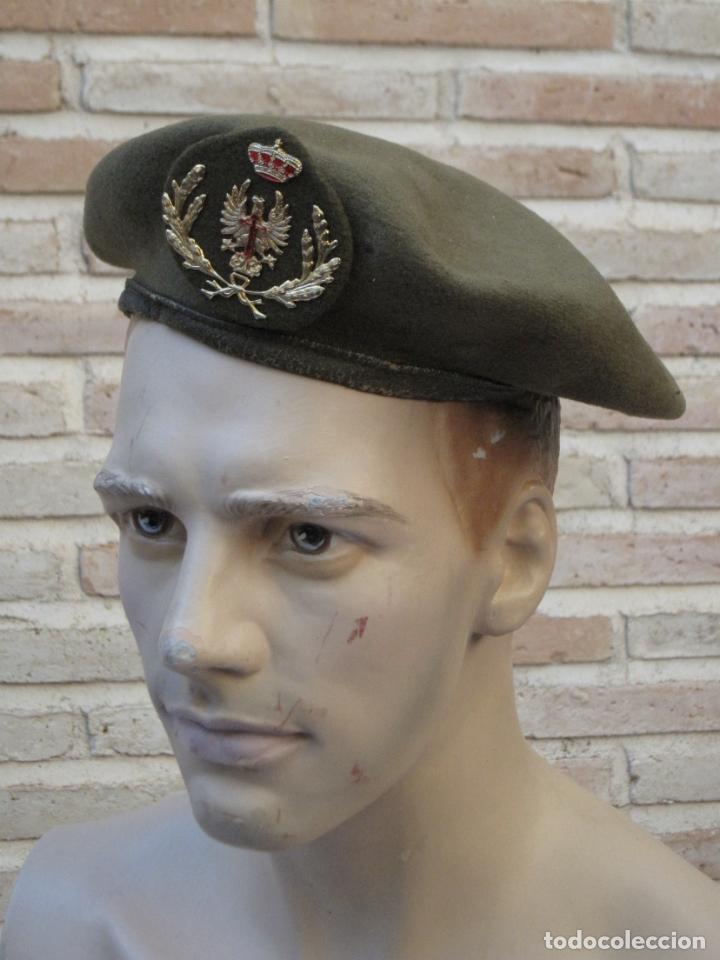 BOINA MILITAR OFICIAL DEL EJERCITO ESPAÑOL. (Militar - Boinas y Gorras )