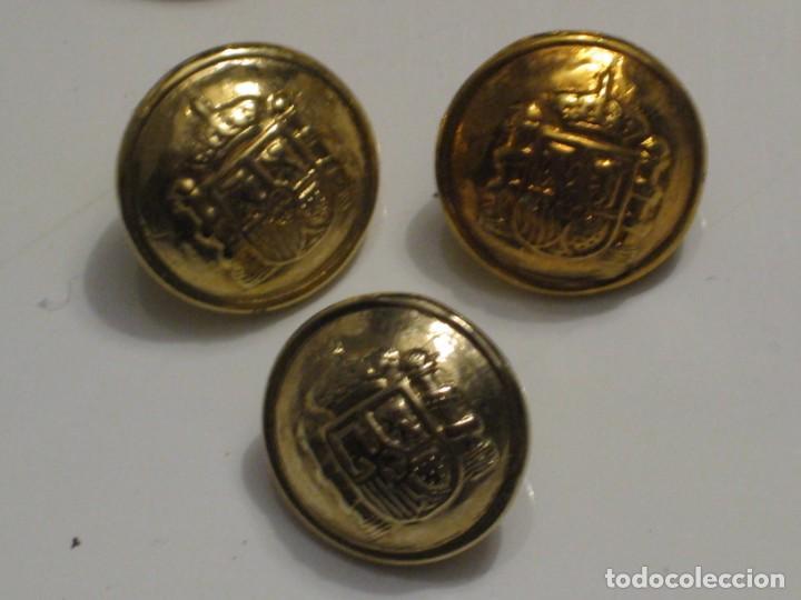 Militaria: 7 botones escudo de España. - Foto 3 - 143261478