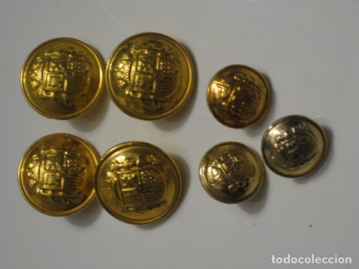 Militaria: 7 botones escudo de España. - Foto 4 - 143261478