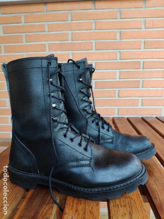 BOTAS PARACAIDISTAS DE SALTO BRIPAC EZAPAC.T43 (Militar - Botas y Calzado)