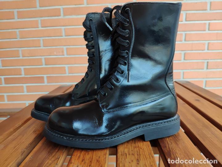 ANTIGUAS BOTAS DE CUERO, BRIPAC EZAPAC PARACAIDISTAS IMEPIEL T39 (Militar - Botas y Calzado)