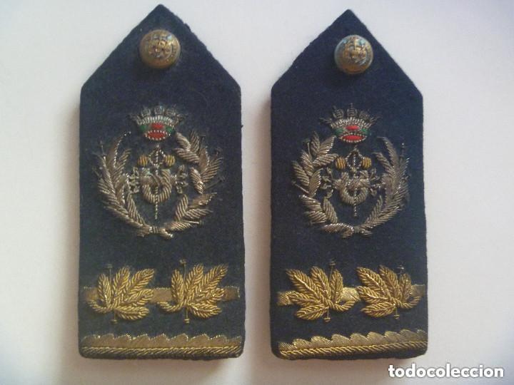 ESPECTACULAR PAR DE HOMBRERAS DE GALA DE UNIFORME INGENIERO INDUSTRIAL. EPOCA DE FRANCO. DE YUSTAS. (Militar - Otros relacionados con uniformes )