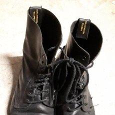 Militaria: BOTAS INGLESAS, TALLA 42 - 43. Lote 145910918