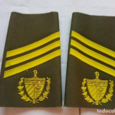 Militaria: CUBA CHARRETERA GRADO SARGENTO DE TERCERA. Lote 147718986