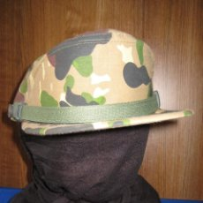 Militaria: ANTIGUA GORRA CAMUFLAJE 'ROCOSO' USADA POR LAS COES, LA BRIPAC Y LA LEGIÓN. 1980. TALLA 55. ORIGINAL. Lote 147832526