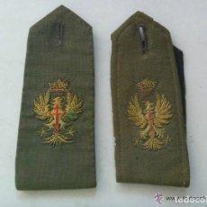 Militaria: PAR DE HOMBRERAS DE GALA DE OFICIAL DEL EJERCITO DE TIERRA . EPOCA DE FRANCO. Lote 153476782