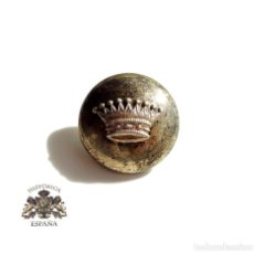Militaria: BOTÓN CON CORONA CONDAL - 2,3 CM DE DIÁMETRO. Lote 154984586