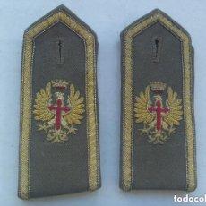 Militaria: PAR DE HOMBRERAS DE GALA DE OFICIAL DEL EJERCITO DE TIERRA . EPOCA DE FRANCO.. Lote 155357102