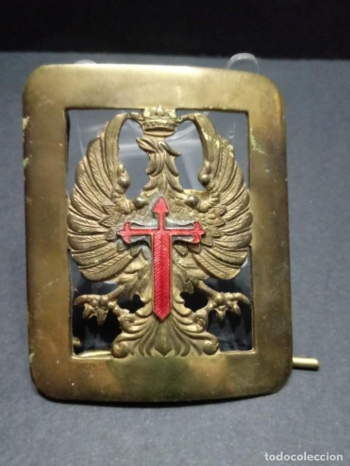 HEBILLA OFICIAL EJERCITO DE TIERRA ÉPOCA DE FRANCO (Militar - Cinturones y Hebillas )