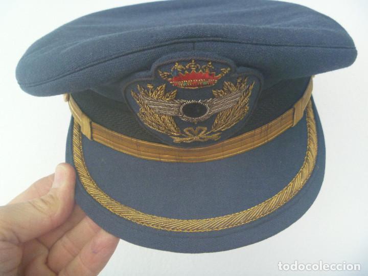 Militaria: AVIACION : GORRA DE OFICIAL INGENIERO AERONAUTICO ( ROKISKI CON CIRCULO NEGRO ), EPOCA DE FRANCO - Foto 2 - 158163474