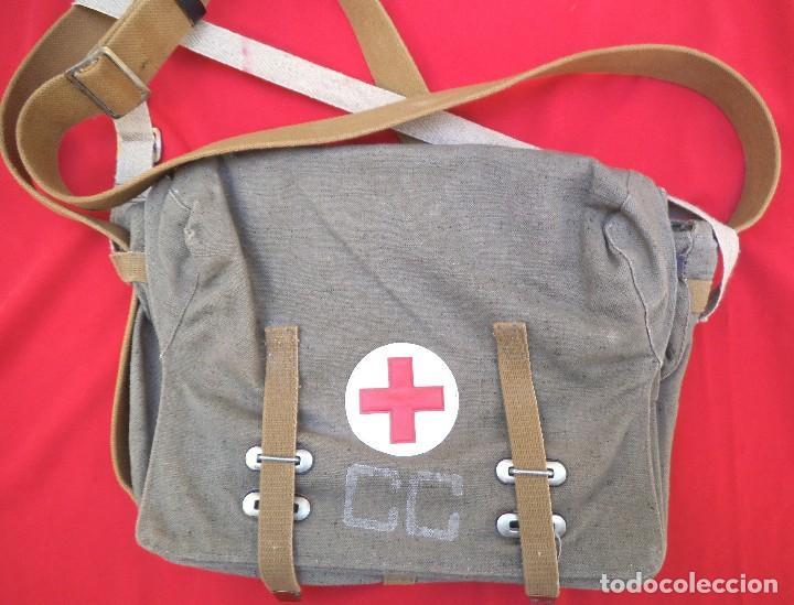 BOLSA RUSA DE ENFERMERO O MÉDICO , AÑO 88. SIN USO. (Militar - Otros relacionados con uniformes )